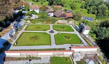 Paradiesgarten Schloss Neuburg am Inn